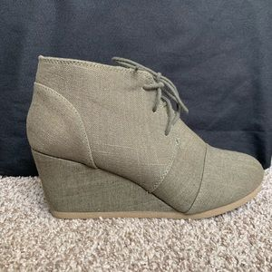 Maurice's Green Wedge Booties